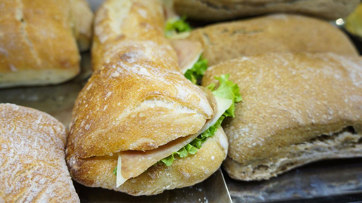 Πίτες-Σάντουιτς-Πεινιρλί